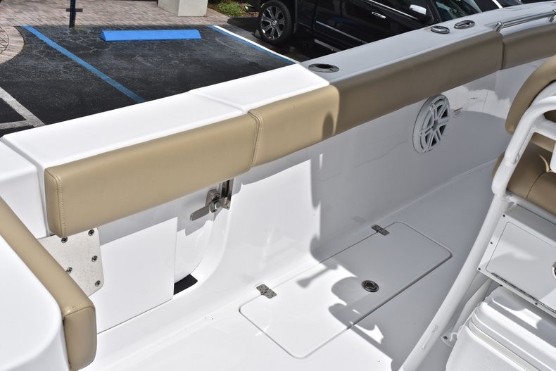Thumbnail 20 for Used 2018 Sportsman Open 252 Center Console boat for sale in West Palm Beach, FL