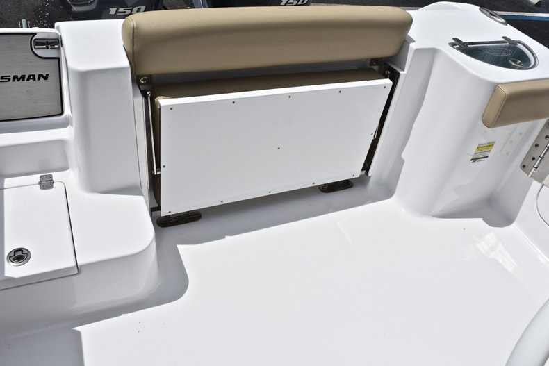 Thumbnail 15 for Used 2018 Sportsman Open 252 Center Console boat for sale in West Palm Beach, FL