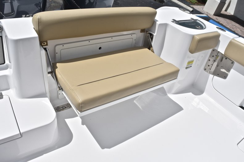Thumbnail 16 for Used 2018 Sportsman Open 252 Center Console boat for sale in West Palm Beach, FL