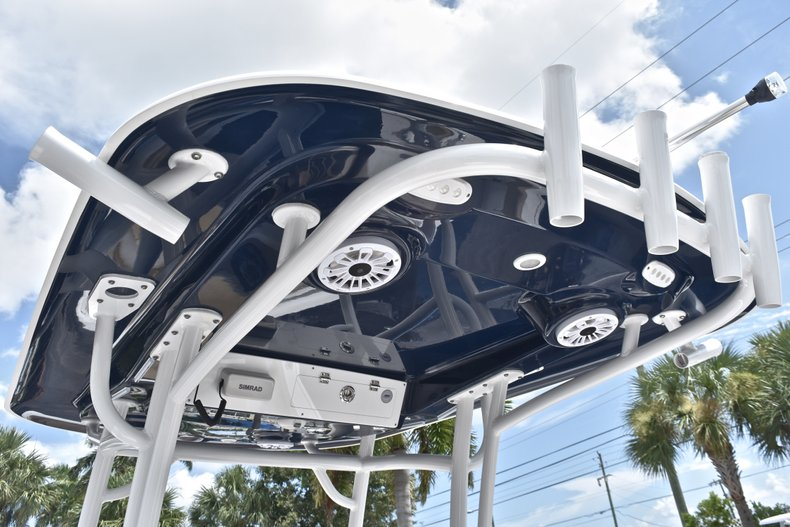 Thumbnail 33 for Used 2018 Sportsman Open 252 Center Console boat for sale in West Palm Beach, FL