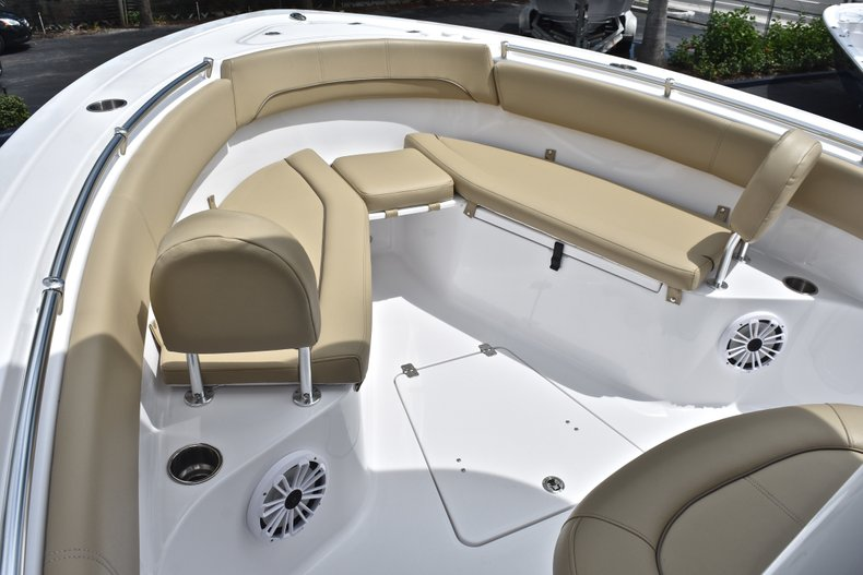 Thumbnail 56 for Used 2018 Sportsman Open 252 Center Console boat for sale in West Palm Beach, FL