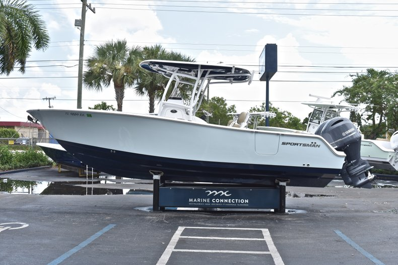 Thumbnail 5 for Used 2018 Sportsman Open 252 Center Console boat for sale in West Palm Beach, FL