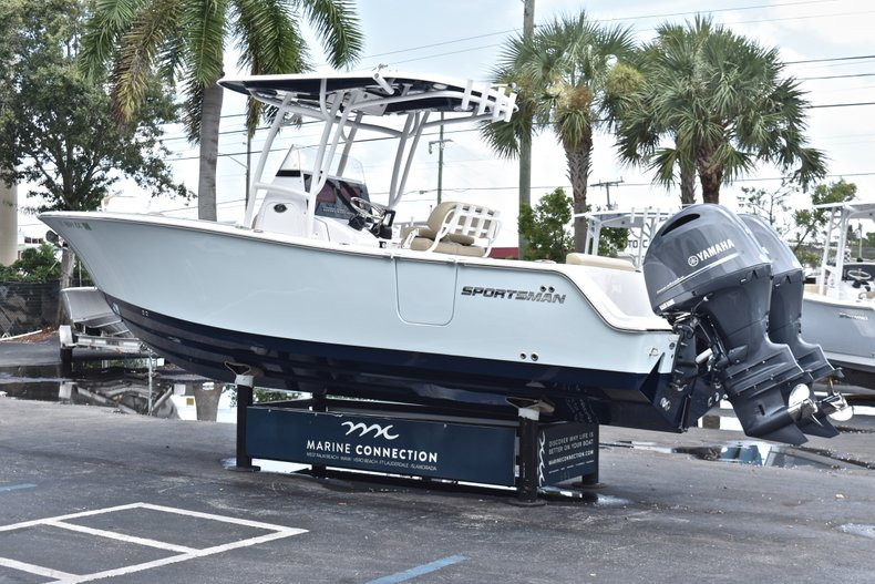 Thumbnail 6 for Used 2018 Sportsman Open 252 Center Console boat for sale in West Palm Beach, FL