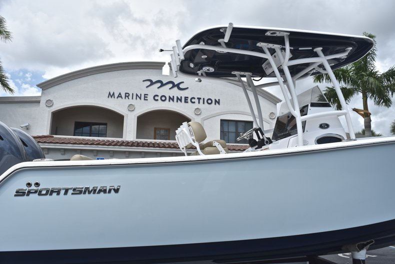 Thumbnail 9 for Used 2018 Sportsman Open 252 Center Console boat for sale in West Palm Beach, FL