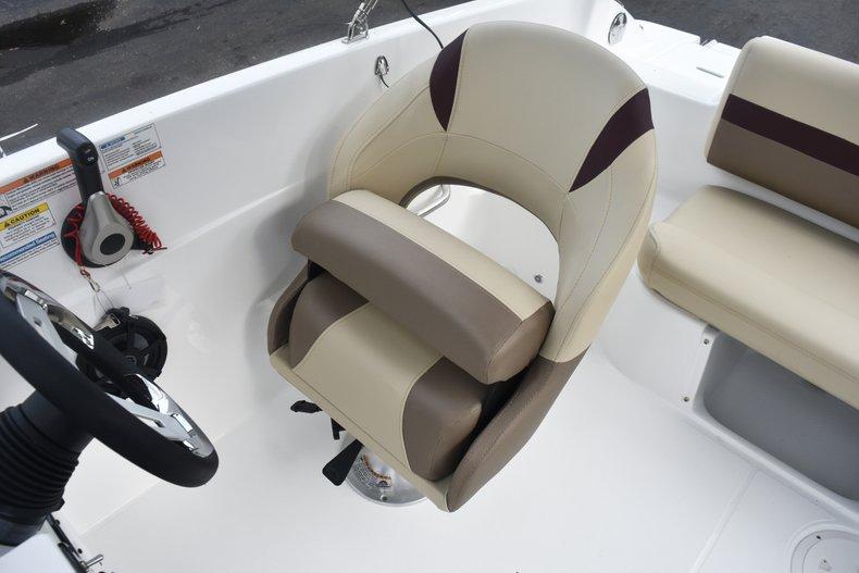 Thumbnail 22 for New 2019 Hurricane 188 SunDeck Sport OB boat for sale in West Palm Beach, FL