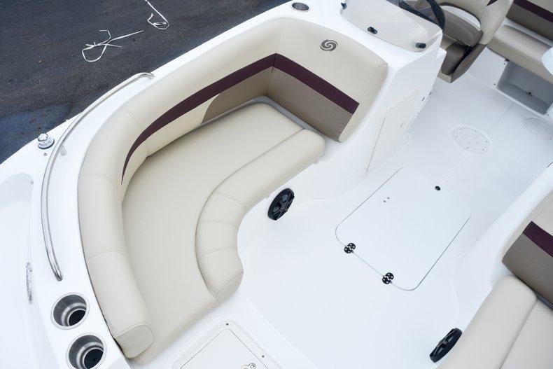 Thumbnail 39 for New 2019 Hurricane 188 SunDeck Sport OB boat for sale in West Palm Beach, FL