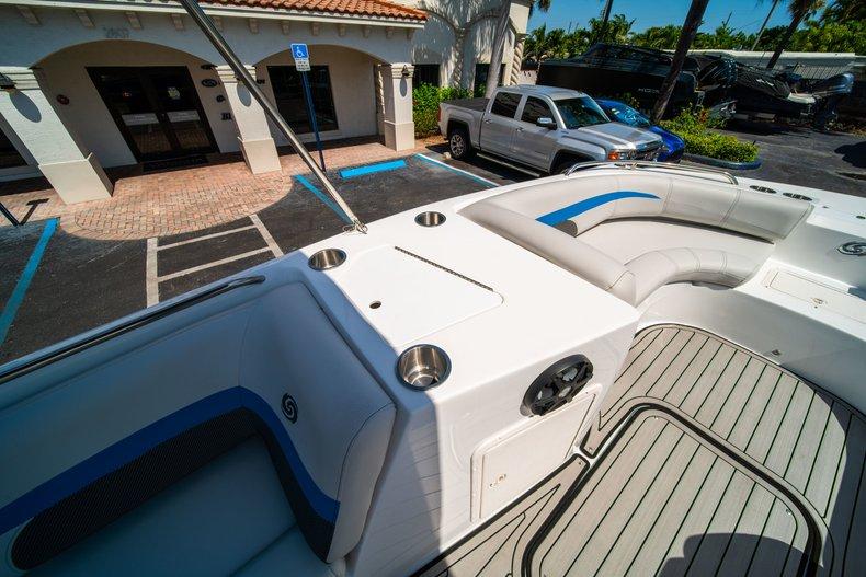 Thumbnail 18 for New 2019 Hurricane 188 SunDeck Sport OB boat for sale in Vero Beach, FL