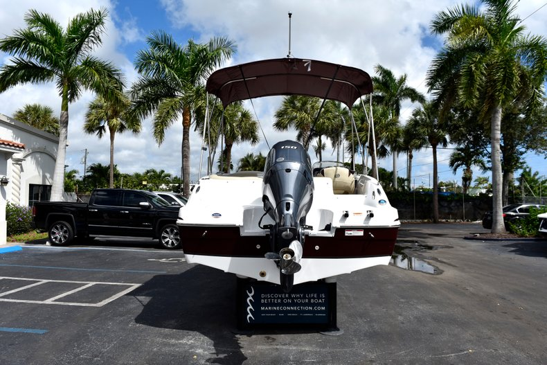 Thumbnail 6 for New 2019 Hurricane 188 SunDeck Sport OB boat for sale in West Palm Beach, FL