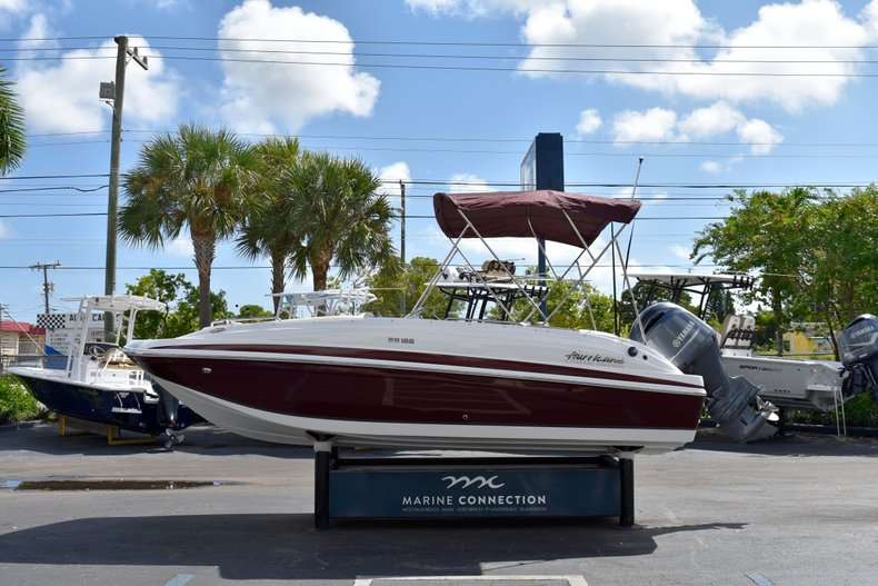 Thumbnail 4 for New 2019 Hurricane 188 SunDeck Sport OB boat for sale in West Palm Beach, FL