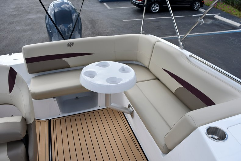 Thumbnail 18 for New 2019 Hurricane 188 SunDeck Sport OB boat for sale in West Palm Beach, FL