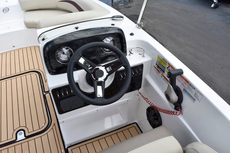 Thumbnail 30 for New 2019 Hurricane 188 SunDeck Sport OB boat for sale in West Palm Beach, FL