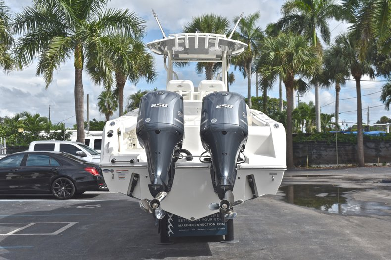 Thumbnail 7 for New 2019 Cobia 277 Center Console boat for sale in West Palm Beach, FL