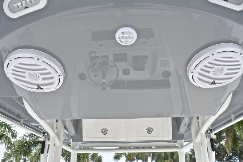 Thumbnail 33 for New 2019 Cobia 277 Center Console boat for sale in West Palm Beach, FL