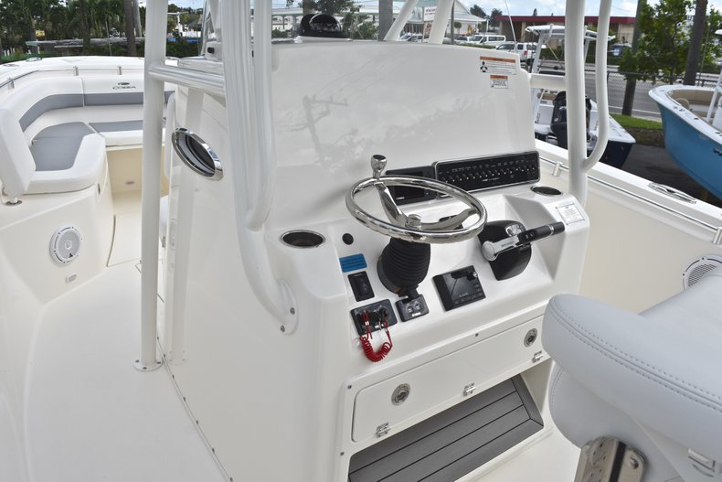 Thumbnail 38 for New 2019 Cobia 277 Center Console boat for sale in West Palm Beach, FL