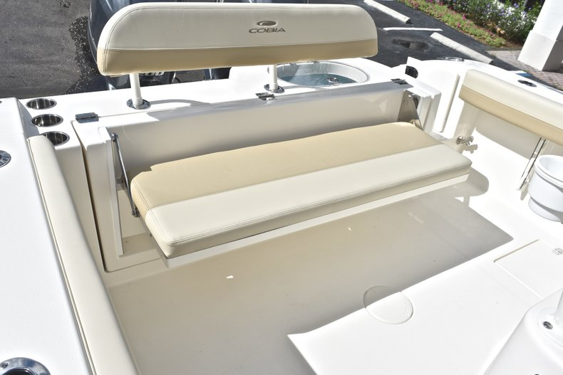 Thumbnail 15 for New 2019 Cobia 277 Center Console boat for sale in West Palm Beach, FL