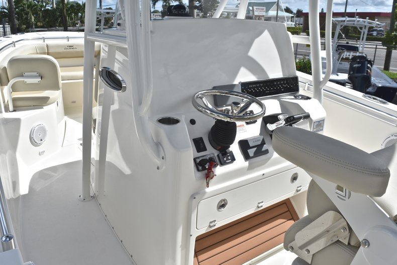 Thumbnail 40 for New 2019 Cobia 277 Center Console boat for sale in West Palm Beach, FL