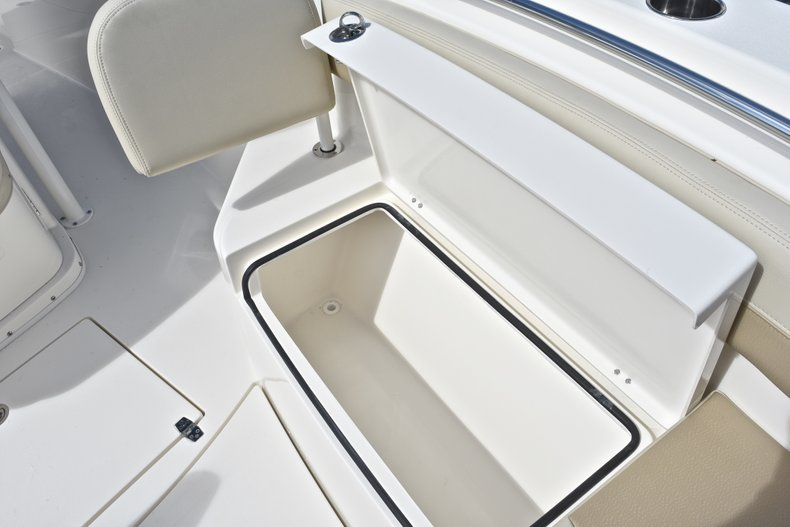 Thumbnail 63 for New 2019 Cobia 277 Center Console boat for sale in West Palm Beach, FL