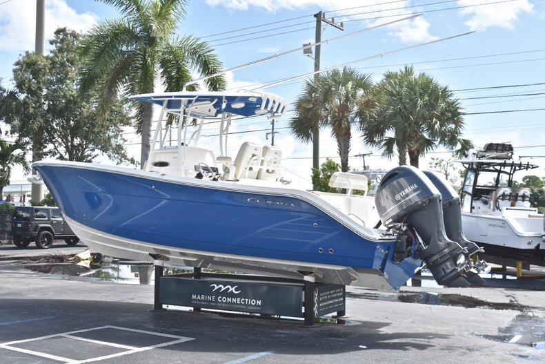 Thumbnail 5 for New 2019 Cobia 277 Center Console boat for sale in West Palm Beach, FL