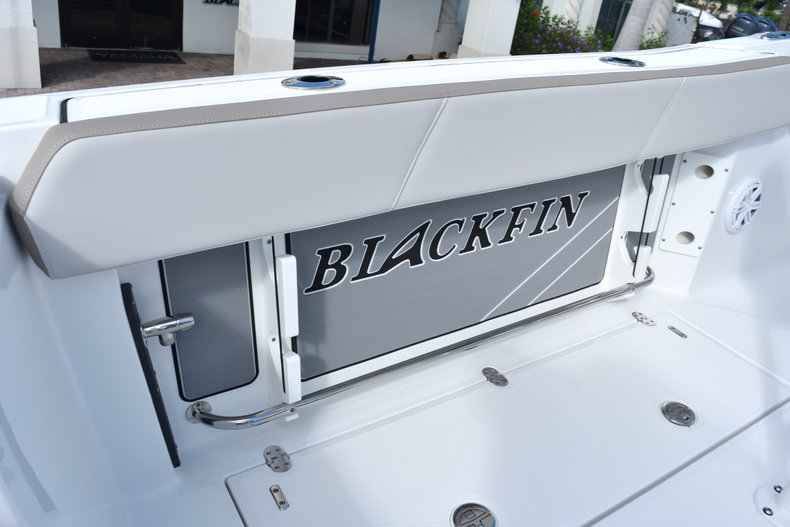Thumbnail 23 for New 2019 Blackfin 242CC Center Console boat for sale in West Palm Beach, FL