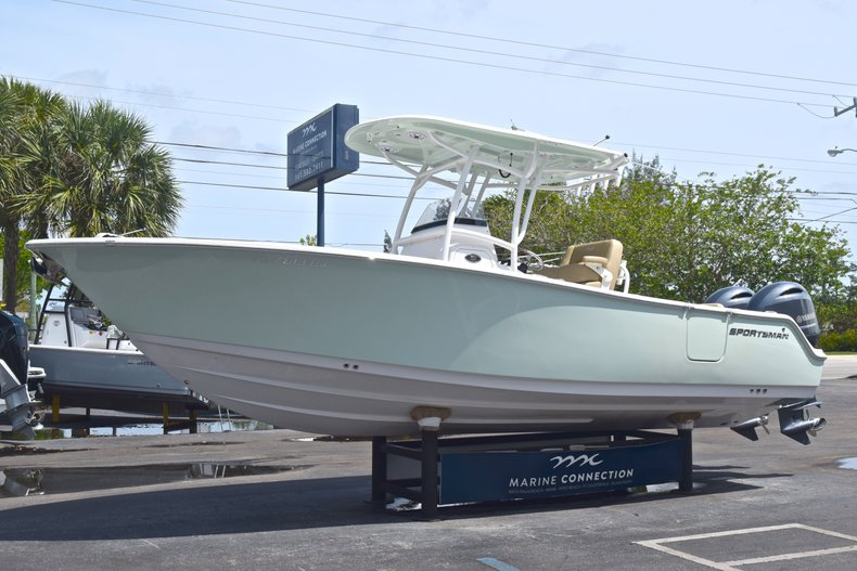 Thumbnail 4 for Used 2017 Sportsman Heritage 251 Center Console boat for sale in West Palm Beach, FL