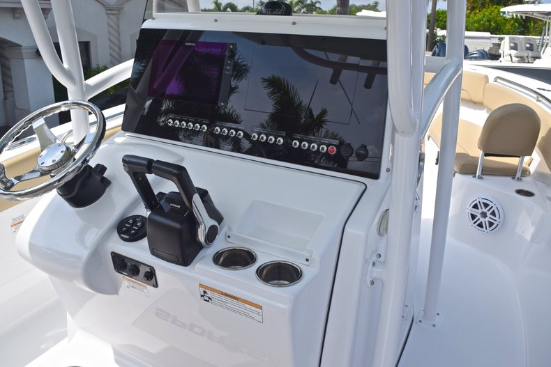 Thumbnail 41 for Used 2017 Sportsman Heritage 251 Center Console boat for sale in West Palm Beach, FL