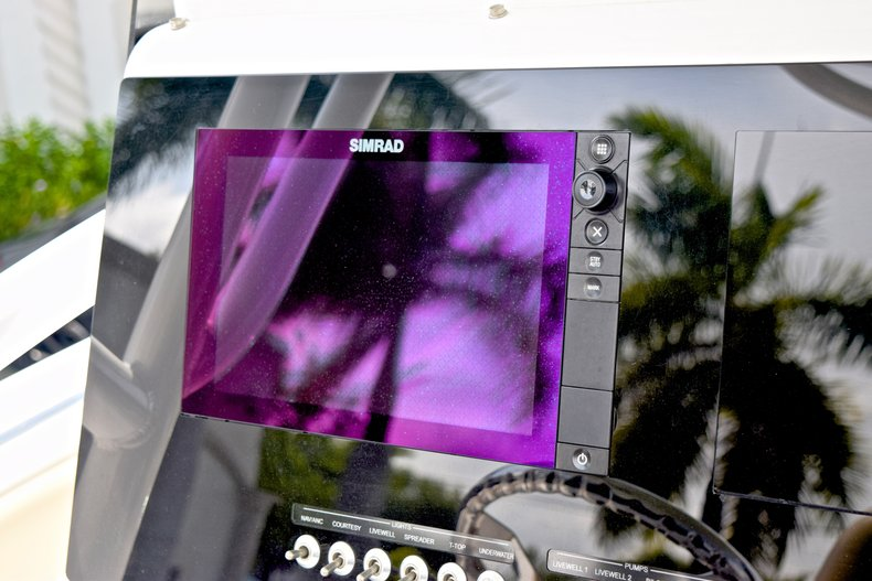 Thumbnail 43 for Used 2017 Sportsman Heritage 251 Center Console boat for sale in West Palm Beach, FL