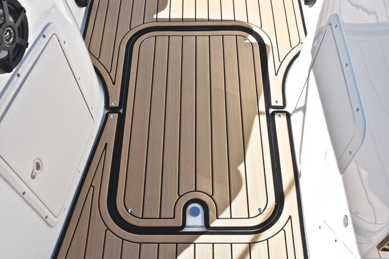 Thumbnail 30 for New 2019 Hurricane 188 SunDeck Sport OB boat for sale in West Palm Beach, FL