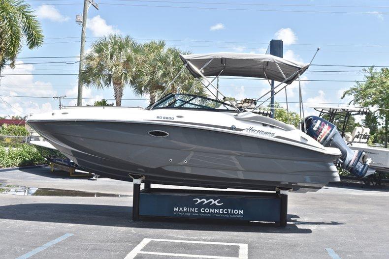 Thumbnail 4 for New 2019 Hurricane SunDeck SD 2200 OB boat for sale in Vero Beach, FL