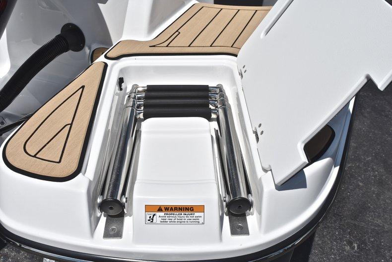 Thumbnail 10 for New 2019 Hurricane SunDeck SD 2200 OB boat for sale in Vero Beach, FL