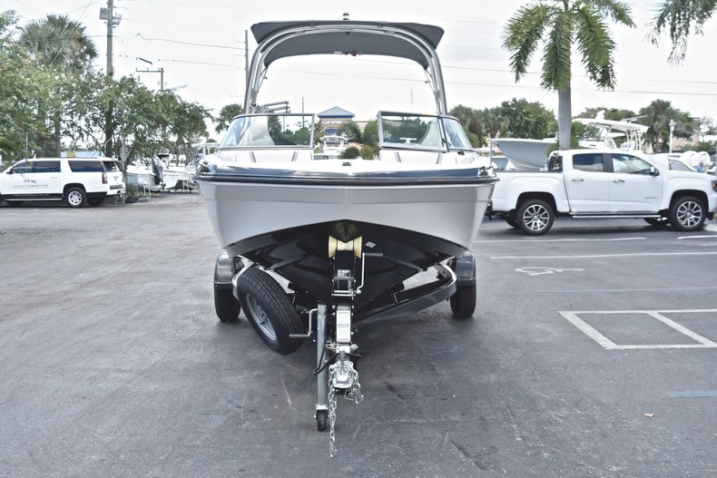 Thumbnail 2 for Used 2017 Yamaha AR 190 boat for sale in West Palm Beach, FL