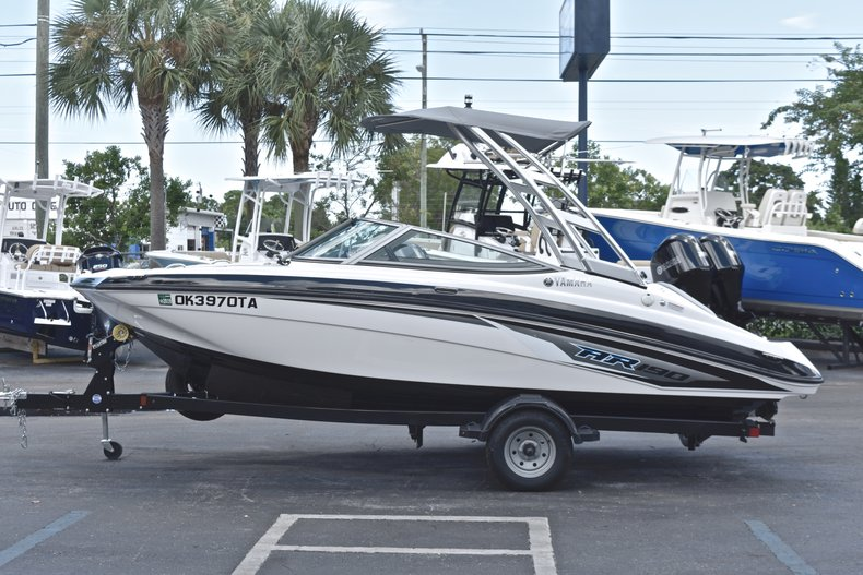 Thumbnail 4 for Used 2017 Yamaha AR 190 boat for sale in West Palm Beach, FL