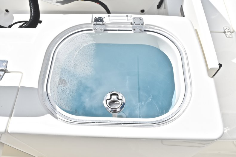 Thumbnail 16 for New 2019 Cobia 240 CC Center Console boat for sale in West Palm Beach, FL