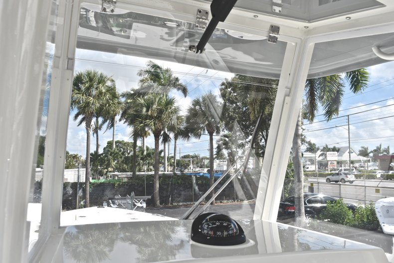 Thumbnail 38 for New 2019 Cobia 240 CC Center Console boat for sale in West Palm Beach, FL