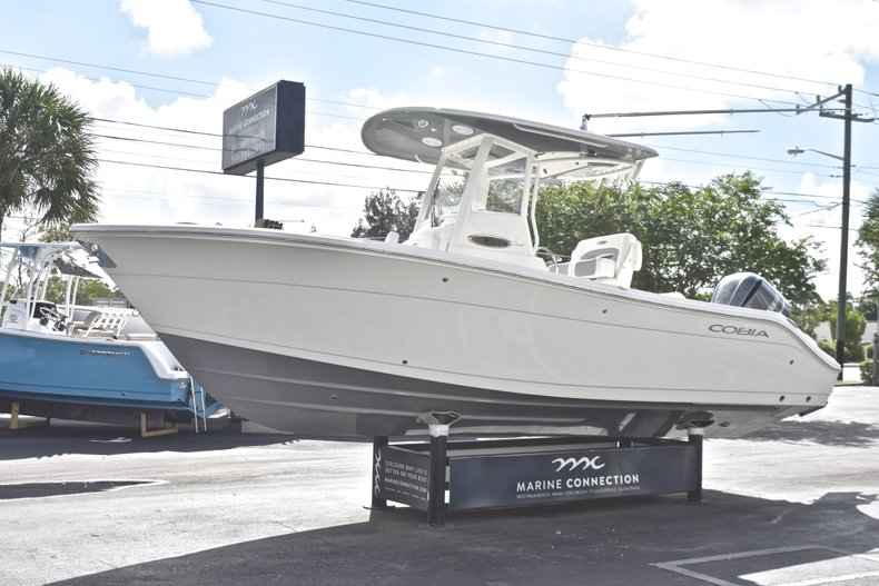 Thumbnail 4 for New 2019 Cobia 240 CC Center Console boat for sale in West Palm Beach, FL