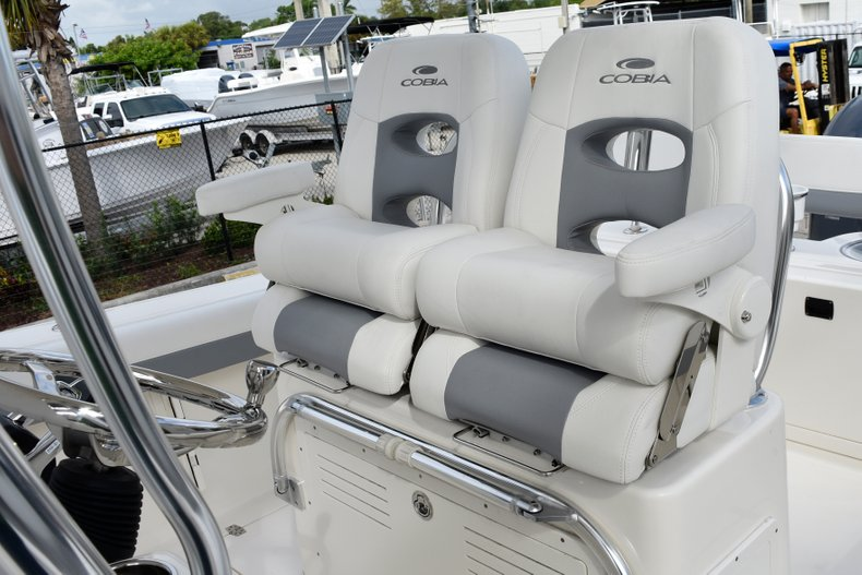 Thumbnail 25 for New 2019 Cobia 261 Center Console boat for sale in Vero Beach, FL