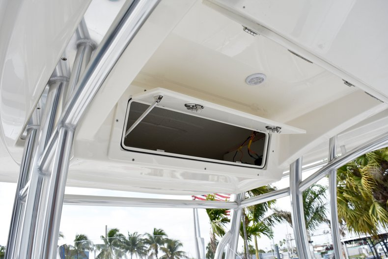 Thumbnail 29 for New 2019 Cobia 261 Center Console boat for sale in Vero Beach, FL