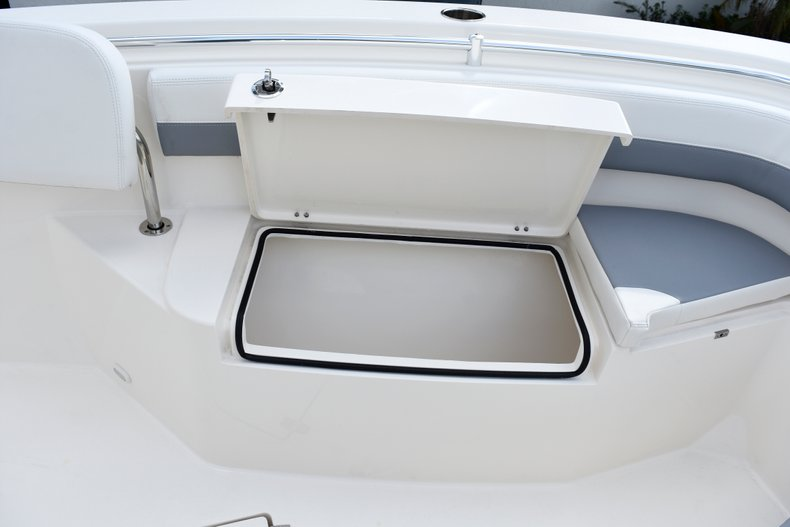 Thumbnail 56 for New 2019 Cobia 261 Center Console boat for sale in Vero Beach, FL