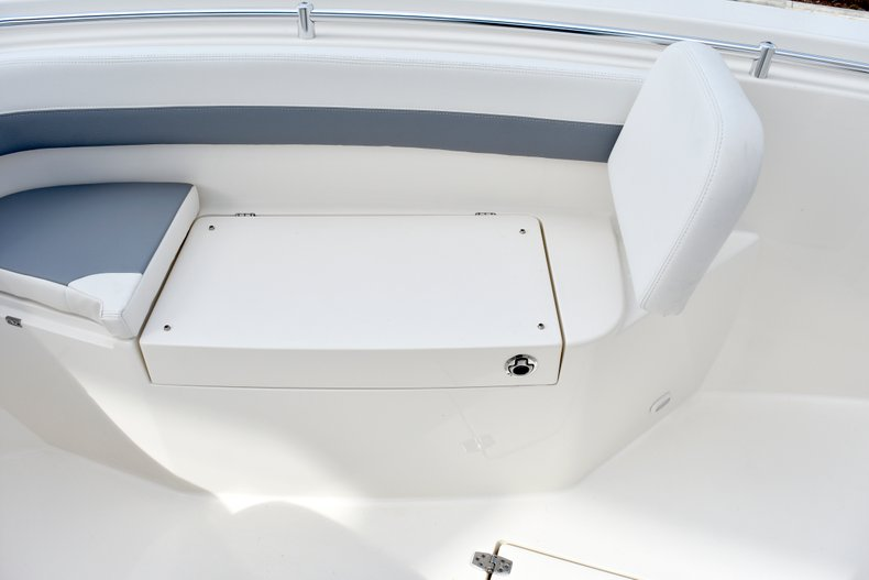 Thumbnail 59 for New 2019 Cobia 261 Center Console boat for sale in Vero Beach, FL