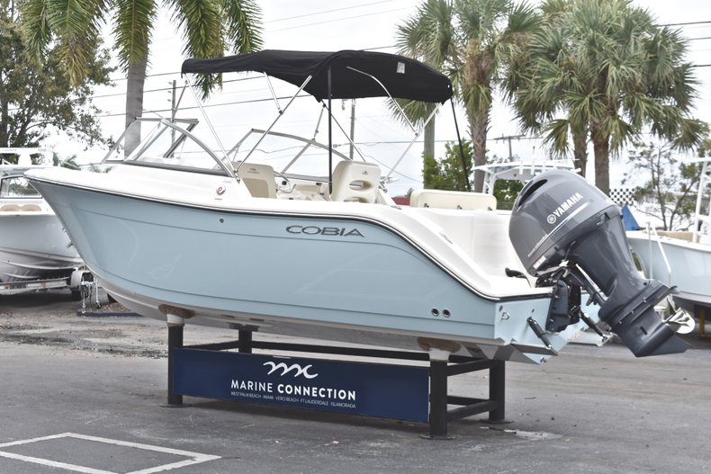 Thumbnail 5 for New 2019 Cobia 220 Dual Console boat for sale in Miami, FL