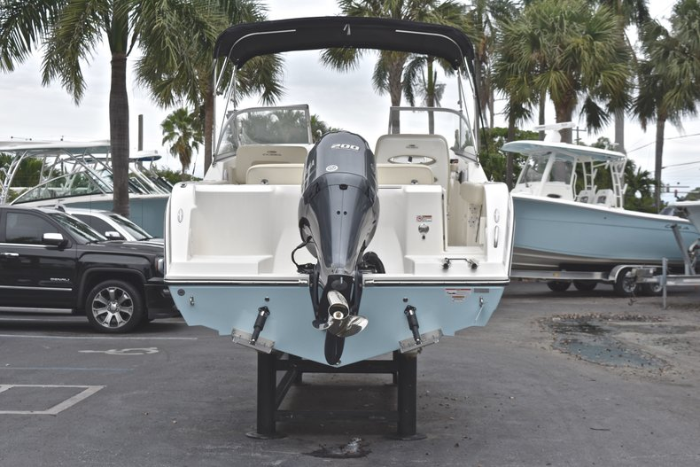 Thumbnail 6 for New 2019 Cobia 220 Dual Console boat for sale in West Palm Beach, FL