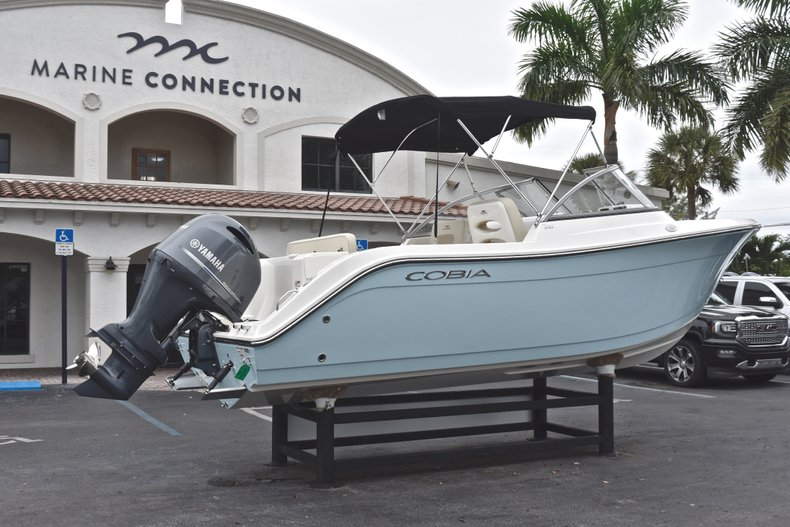 Thumbnail 7 for New 2019 Cobia 220 Dual Console boat for sale in West Palm Beach, FL