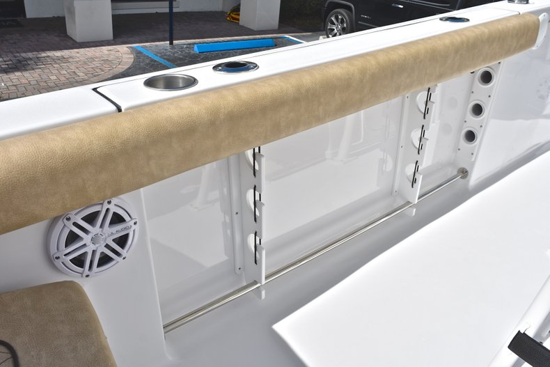Thumbnail 18 for New 2019 Sportsman Heritage 231 Center Console boat for sale in Islamorada, FL