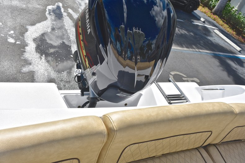 Thumbnail 10 for New 2019 Sportsman Heritage 231 Center Console boat for sale in Islamorada, FL