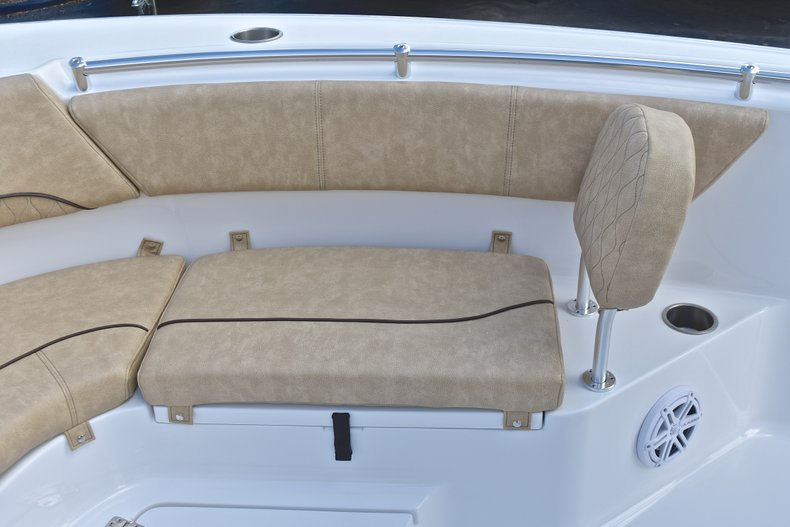Thumbnail 49 for New 2019 Sportsman Heritage 231 Center Console boat for sale in Islamorada, FL