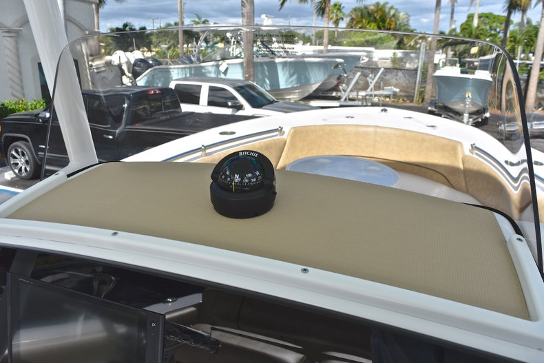 Thumbnail 26 for New 2019 Sportsman Heritage 231 Center Console boat for sale in Islamorada, FL