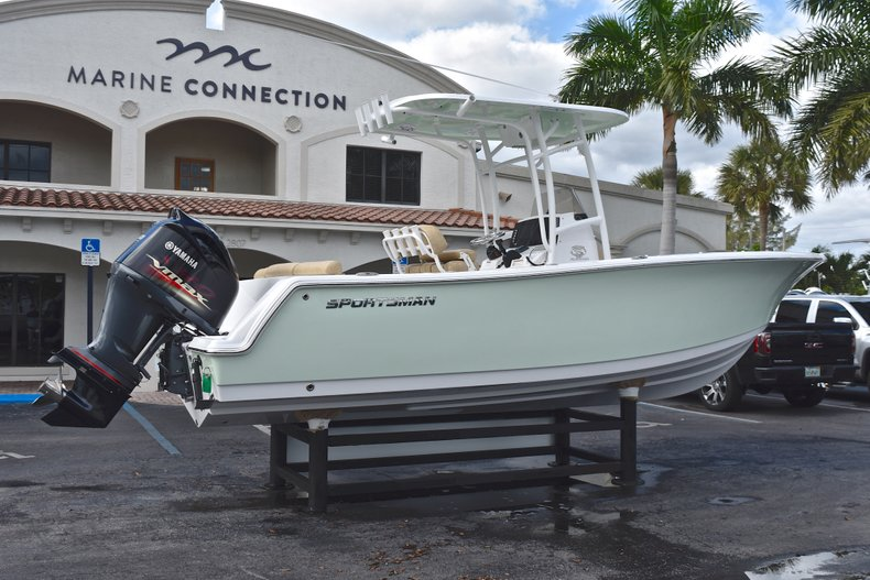 Thumbnail 7 for New 2019 Sportsman Heritage 231 Center Console boat for sale in Islamorada, FL