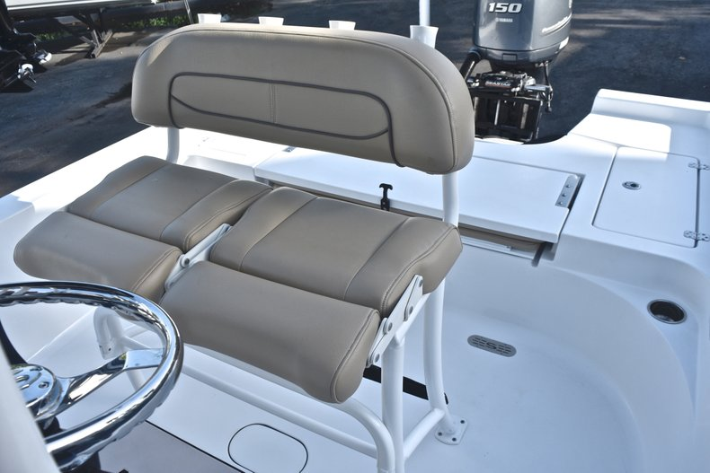 Thumbnail 16 for Used 2015 Sportsman Masters 227 Bay Boat boat for sale in West Palm Beach, FL