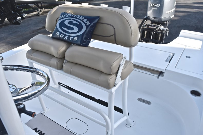 Thumbnail 21 for Used 2015 Sportsman Masters 227 Bay Boat boat for sale in West Palm Beach, FL
