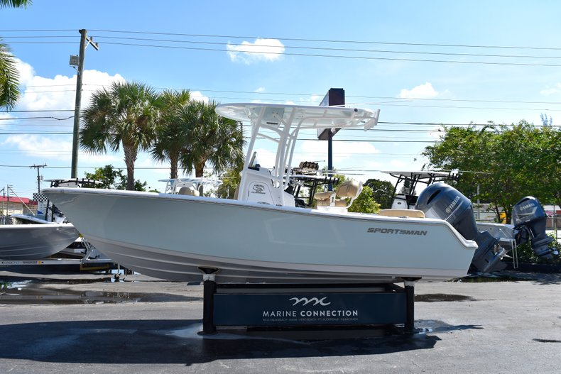 Image 4 for 2019 Sportsman Heritage 211 Center Console in West Palm Beach, FL