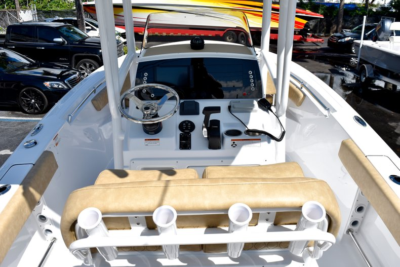 Thumbnail 22 for New 2019 Sportsman Heritage 211 Center Console boat for sale in West Palm Beach, FL